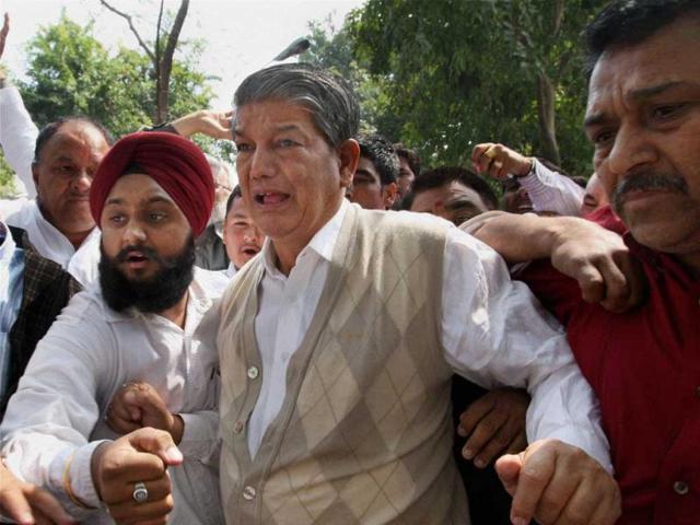 Photo of पंजाब कांग्रेस में रार: कैप्टन को अब सब कबूल, सोनिया गांधी का ऐसा क्या संदेश लेकर अमरिंदर के पास गए रावत