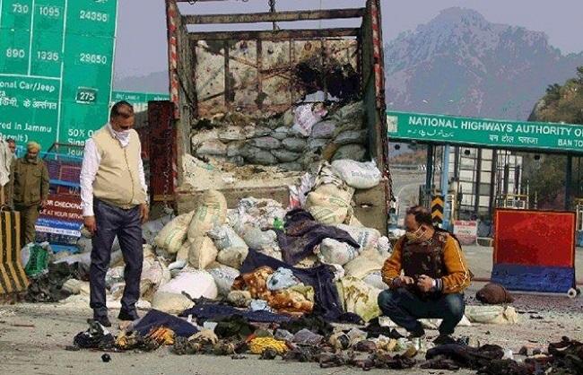 Photo of नगरोटा मुठभेड़ पर पाकिस्तानी उच्चायुक्त तलब, भारत ने दर्ज कराया कड़ा विरोध…