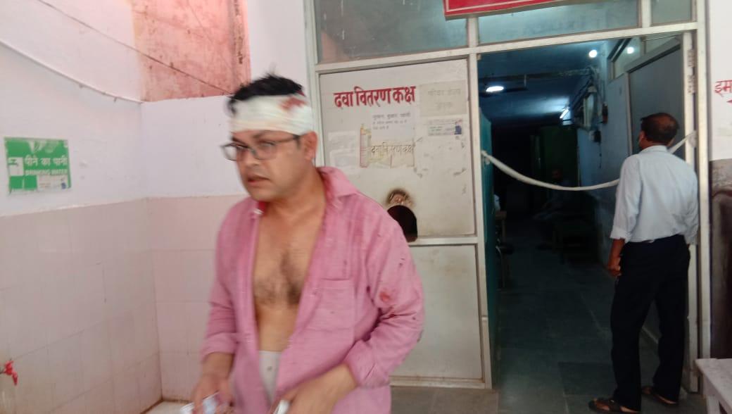 Photo of बदमाशों ने खुलेआम पुलिस को दी चुनौती,यात्री से मारपीट…