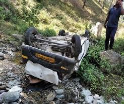 Photo of मालवाहन की पेंड से हुई टक्कर, इतने की हुई मौत