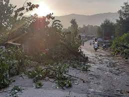 Photo of हिमाचल में बारिश-तूफान का कहर, 2 बच्चों पर गिरी बिजली