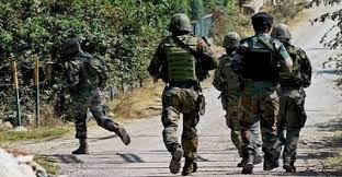 Photo of जम्मू-कश्मीर के सोपोर में लश्कर कमांडर समेत 3 आतंकवादी ढेर