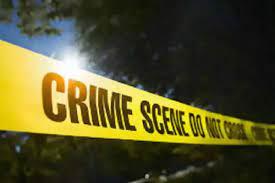 Photo of युवक की हत्या के बाद बवाल, आरोपी के घर में आग लगाई फिर पत्नी को पीटकर मार डाला