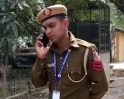 Photo of दिल्ली पुलिस ने दीपक दहिया और साइबर क्राइम यूनिट के 'खली' का किया प्रमोशन