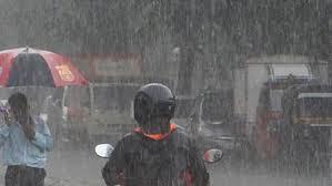 Photo of Weather: कश्मीर, हिमाचल प्रदेश और उत्तराखंड समेत पूरे उत्तर भारत में भारी बारिश, अलर्ट जारी