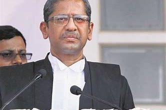 Photo of आंध्र-तेलंगाना पानी विवाद पर सुनवाई से CJI रमना ने खुद को किया अलग, बोले- दोनों राज्यों से मेरा संबंध