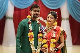 Photo of कितनी चलती हैं साेशल मीडिया पर मोहब्बत वाली शादियां?