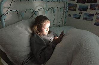 Photo of हो रही नींद से खींचातानी:देर रात तक फोनचलानेकी आदतने उड़ाई देशकी नींद,