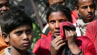 Photo of कश्मीर की अर्थव्यवस्था को खतरा:बाहरियों पर आतंकी हमलों से बढ़ेगा पलायन